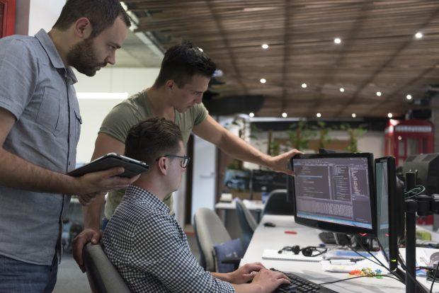【神奈川県 県央部】IT分野/データマイニングエンジニア
