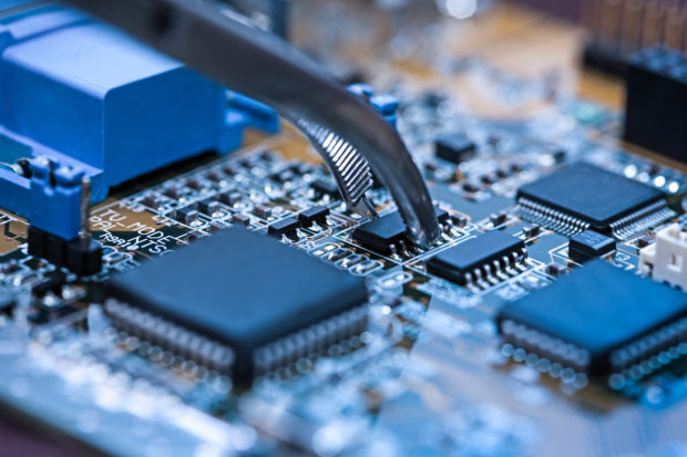 【滋賀県 栗東市】工業用機械メーカー / 制御設計(工作機械・ロボット・重電)